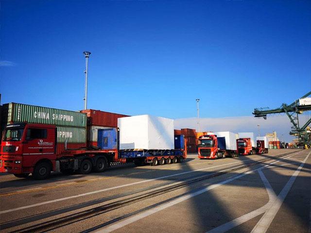 attività-terminalistica-camion-fila
