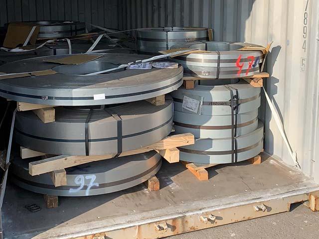pastrello-autotrasporti-logistica-del-siderurgico-container-bobine