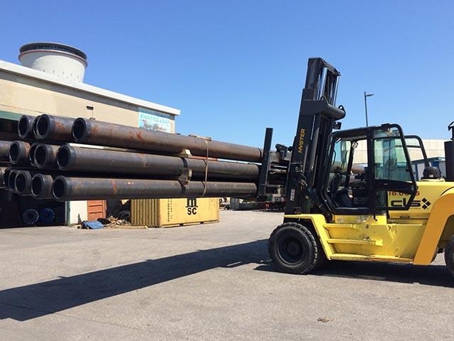 pastrello-trasporti-logisitca-siderurgico-deposito-porto-marghera-spostamento-tondoni-carrello-elevatore-eccezionale