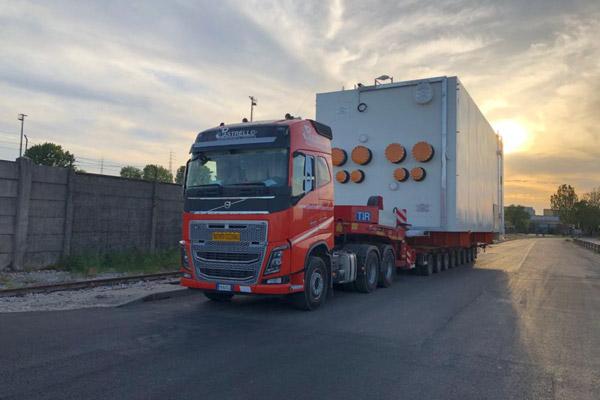 Trasporto eccezionale 200 tonnellate su 8 assi